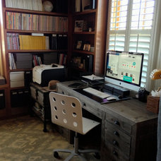 Traditional Home Office by Sruthi Naidu Professional Organizer