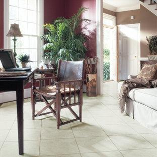 Esempio di un ufficio tradizionale di medie dimensioni con pareti rosse, pavimento con piastrelle in ceramica, nessun camino e scrivania autoportante
