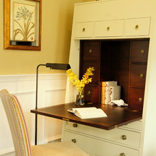 Traditional Home Office by Rosen Group Architecture | Design