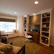 Traditional Home Office by Viridian Homes