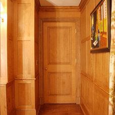 Traditional Home Office by Toni Sabatino