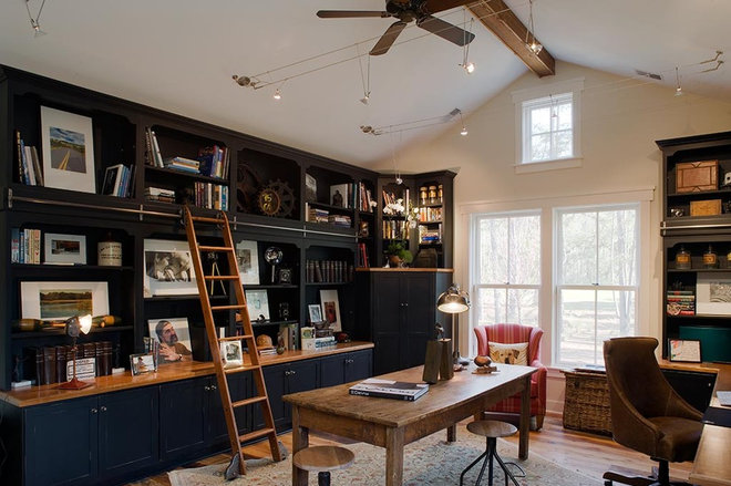 Rustic Home Office by Wayne Windham Architect, P.A.