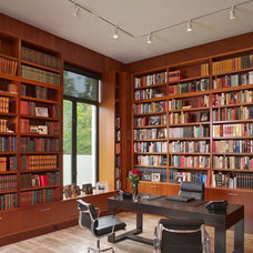 Modern Home Office by Benjamin Hill Photography