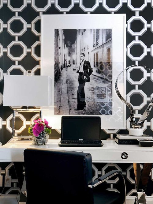 saveemail black and white office design
