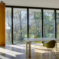 Modern Home Office by Jose Garcia Design