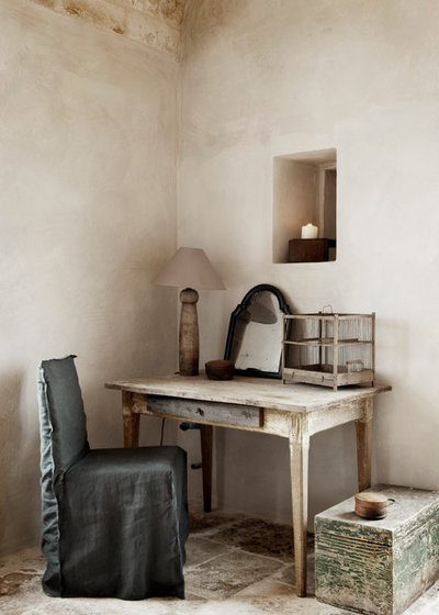 Shabby-Chic-Style Arbeitszimmer by Alexander Waterworth Interiors LTD