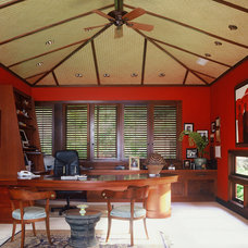 Tropical Home Office by Peter Vincent Architects