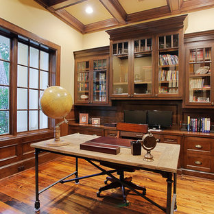 75 Most Popular Traditional Houston Home Office Design ...