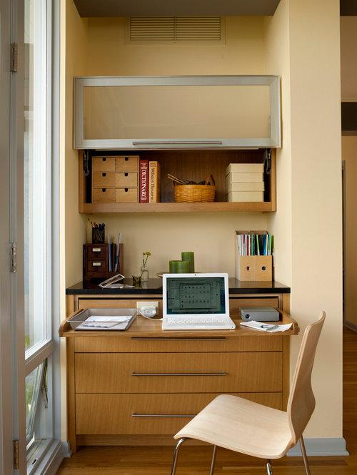 home office built in desk houzz. Black Bedroom Furniture Sets. Home Design Ideas