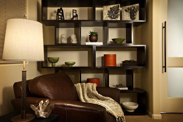 Modern Home Office by Sesshu Design Associates, Ltd