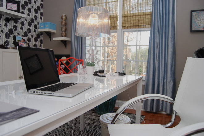 Modern Home Office by Nicole Lanteri Design