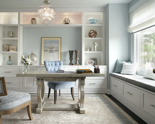 Inspiration for a transitional home office remodel in New York with