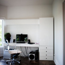Contemporary Home Office by Metric Interior Design Inc.