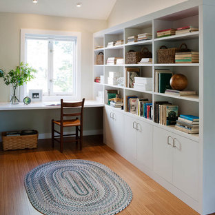 Example of a classic home office design in Burlington