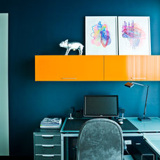 Contemporary Home Office by Cynthia Lynn Photography