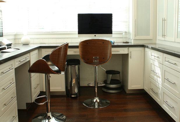 Transitional Home Office by Mina Brinkey