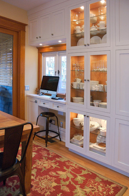 traditional home office by Heather Merenda