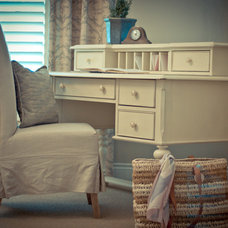 Traditional Home Office by Woodways