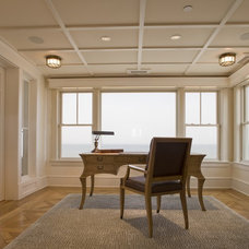 Home Office by Dewson Construction Company