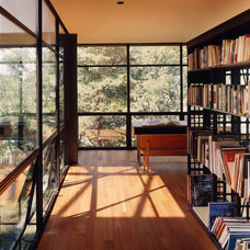 Contemporary Home Office by Lee H. Skolnick Architecture & Design Partnership