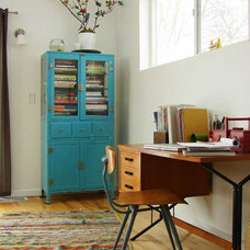 Midcentury Home Office by Aesthetic Outburst