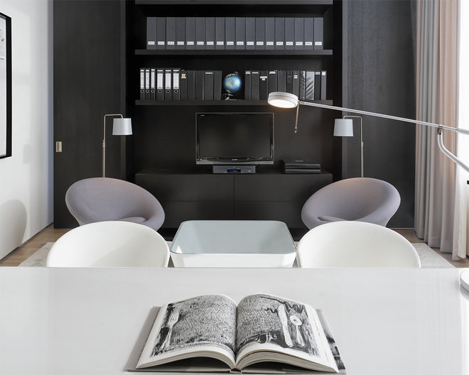 Contemporary Home Office by d'apostrophe design, inc.
