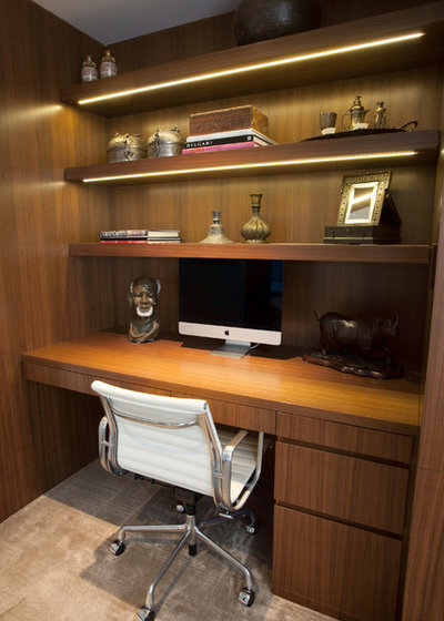 Contemporary Home Office by Euro Canadian Construction Corp.