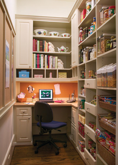 11 ways to wake up a walk in pantry for Modern walk in pantry