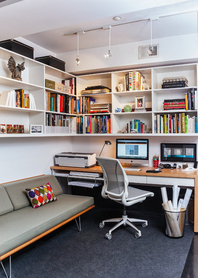 8 twists on the guest room office combo for Home office living room combination