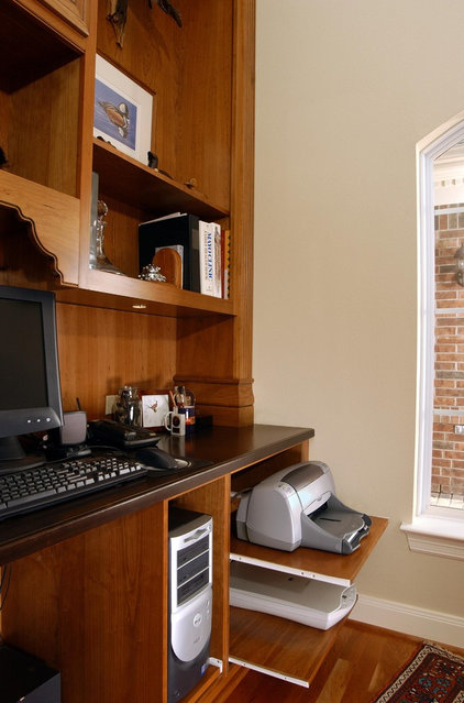 traditional home office by Cabinet Innovations