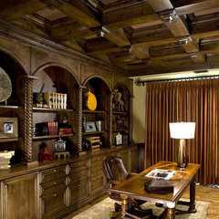 traditional home office by VM Concept Interior Design Studio