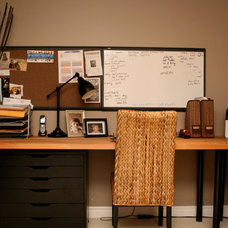 Traditional Home Office by Ieteke