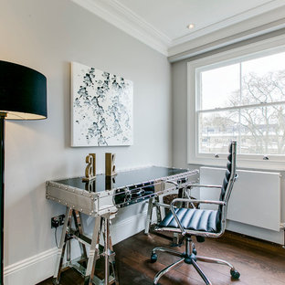 Onslow Gardens Staging