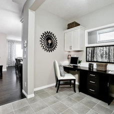 Contemporary Home Office by Shane Homes Ltd.