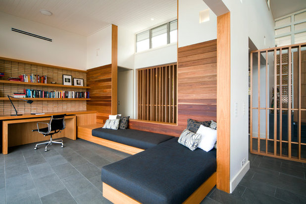 Contemporary Arbetsrum by justin long design