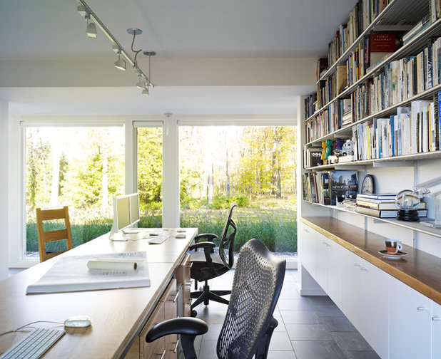 Contemporary Home Office & Library by Billinkoff Architecture PLLC