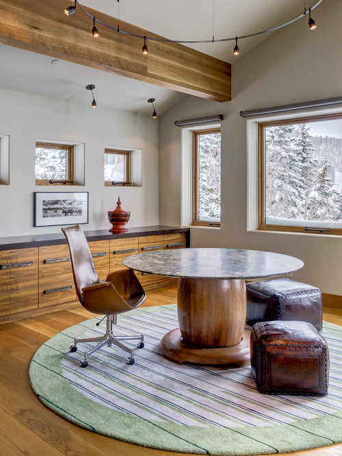 Surprising 3 000 Rustic Home Office Design Ideas Remodel Pictures Houzz Largest Home Design Picture Inspirations Pitcheantrous