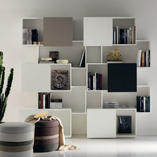 Contemporary Home Office by RoomService 360