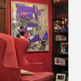 Источник вдохновения для домашнего уюта: рабочее место среднего размера в современном стиле с красными стенами без камина