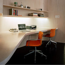 Modern Home Office by nARCHITECTS