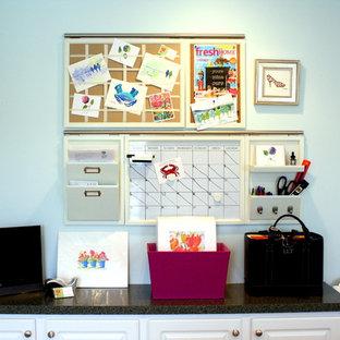 Inspiration för klassiska arbetsrum, med blå väggar