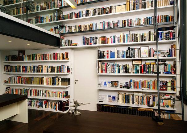 Modern Home Office by Moshi Gitelis - Photographer