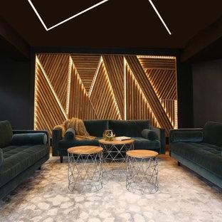 Exempel på ett stort modernt hemmastudio, med svarta väggar, marmorgolv, ett fristående skrivbord och vitt golv