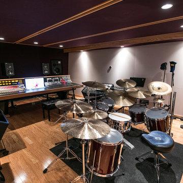 Recording studio/Kids Basement