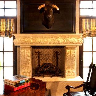 フェニックスの地中海スタイルのおしゃれなホームオフィス・書斎の写真