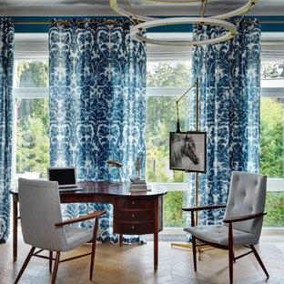 Свежая идея для дизайна: кабинет в стиле современная классика - отличное фото интерьера