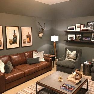 Idéer för att renovera ett mellanstort rustikt hemmabibliotek, med grå väggar, heltäckningsmatta, en hängande öppen spis, ett fristående skrivbord och beiget golv