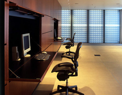 Modern Home Office by RYAN ASSOCIATES GENERAL CONTRACTORS