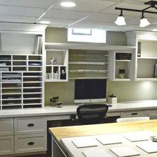 Classique Bureau à domicile by Millennium Cabinetry