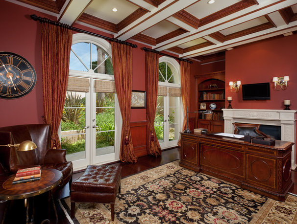Traditional Home Office by SO/DA Inc.